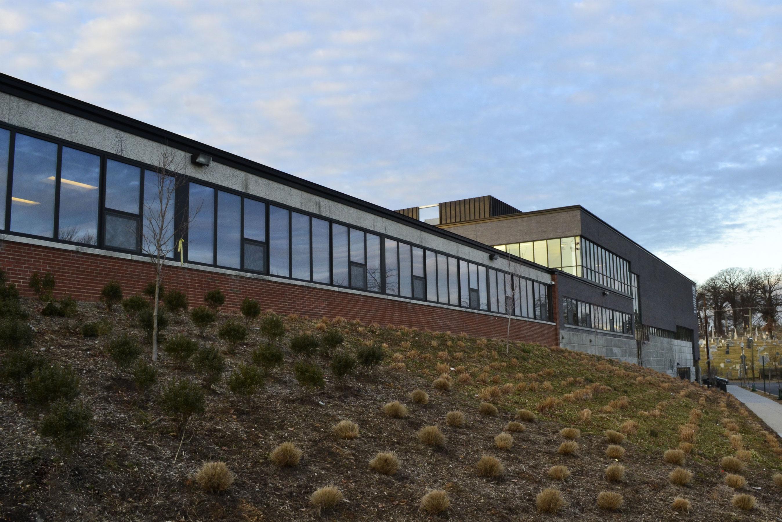 KIPP Webb Charter School with INTUS Windows