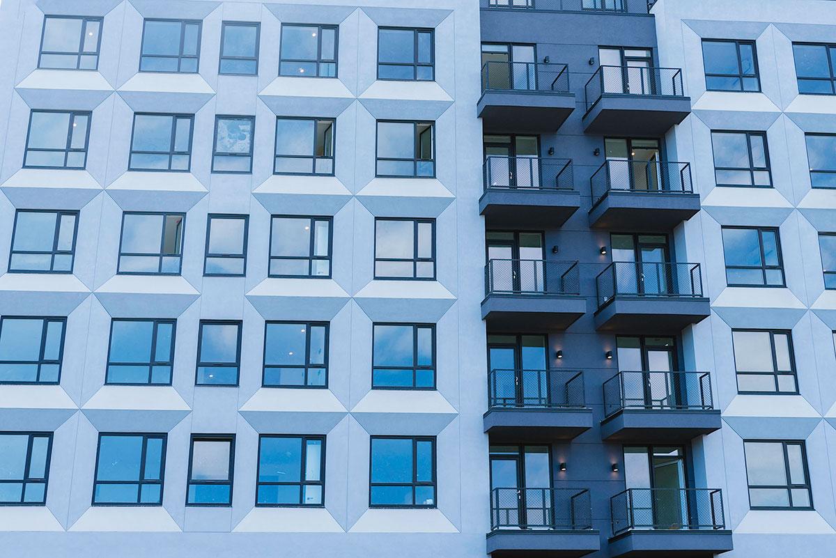 Atlantic Avenue with INTUS Windows