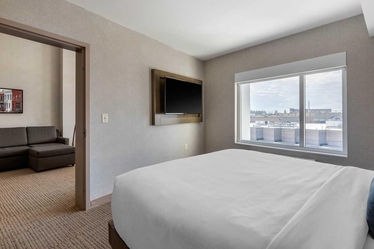 Cambria Suites & Hotels in West Orange, NJ with INTUS double pane energy efficient windows